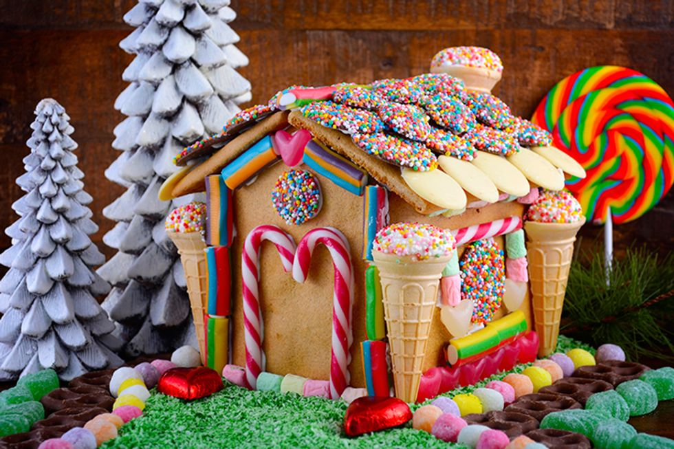Dr. Oz's DIY Gingerbread House Kit