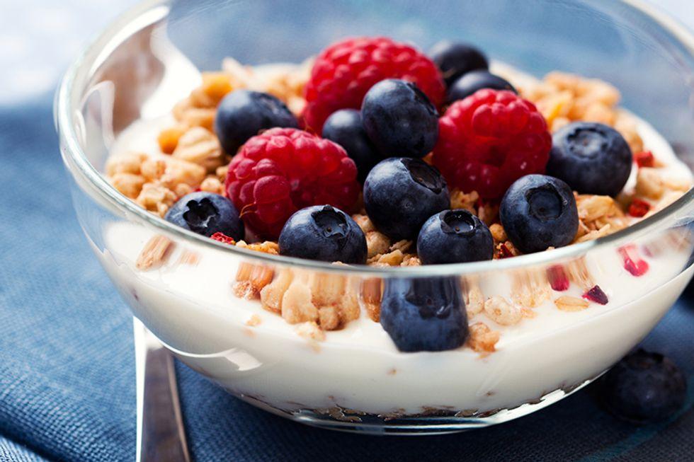 The 21-Day Weight Loss Breakthrough Diet Yogurt Bowl