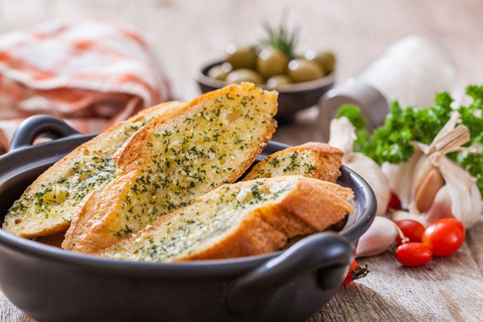 Rocco DiSpirito's Garlic Bread