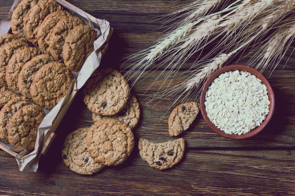 2-Ingredient Banana-Oat Cookies