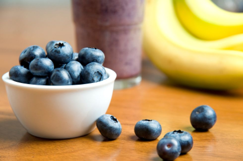 The Kitchen Diva's Banana, Blueberry & Buttermilk Smoothie