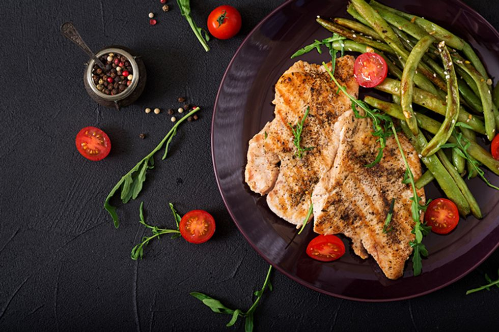 Apricot Chicken and Green Beans With Almond Slivers