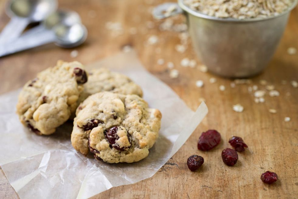Healthy Holiday Cranberry Oatmeal Cookies