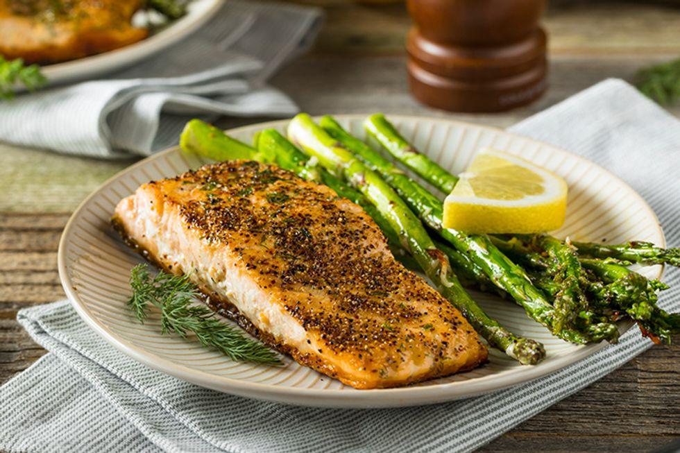 The 10-Day Tummy Tox Pan-Seared Salmon