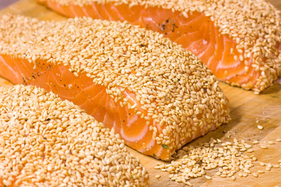 Super Seed Recipe: Sesame Crusted Salmon