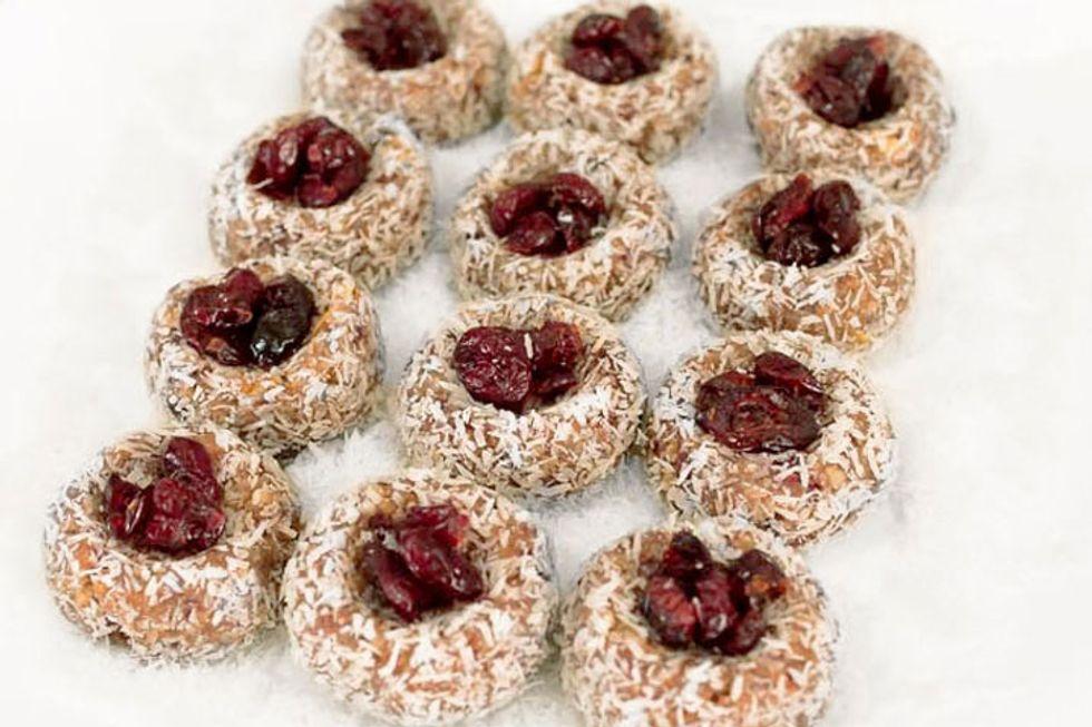 barre3: Cranberry Thumbprint Cookies