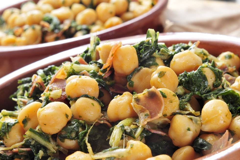 Wilted Spinach and Chickpeas