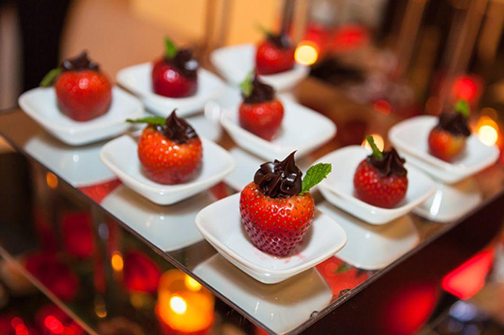 Hungry Girl's Chocolate-Chip Stuffed Strawberries