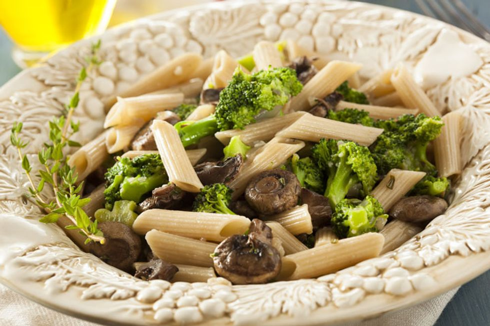 Grated Vegetable Pasta with Fennel and Clams