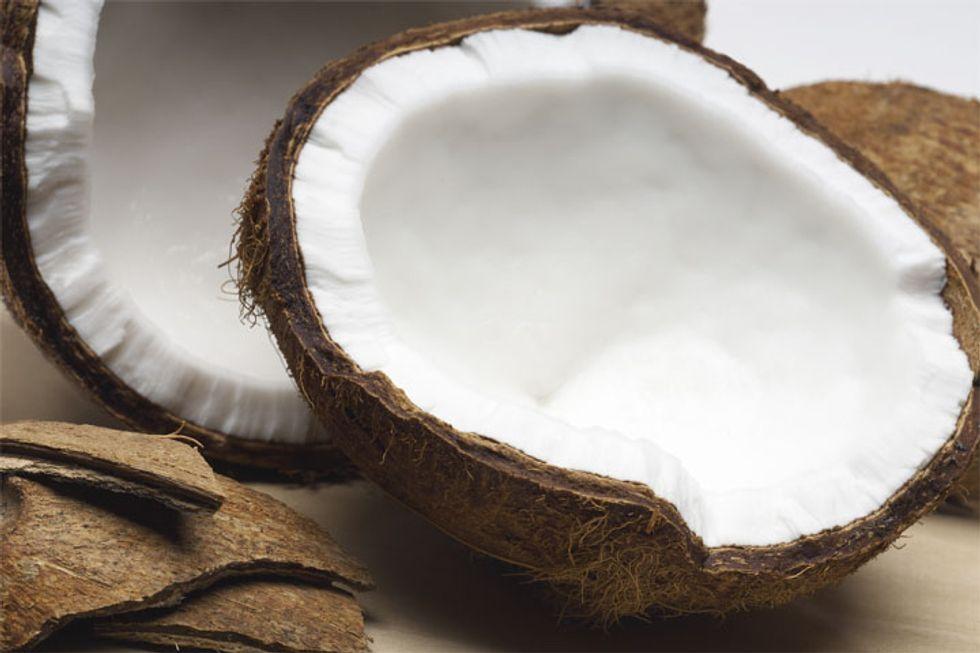 Goji Berry Coconut Shake