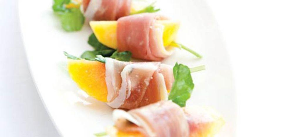 Sandra Lee's Fresh Peach and Prosciutto Wrap