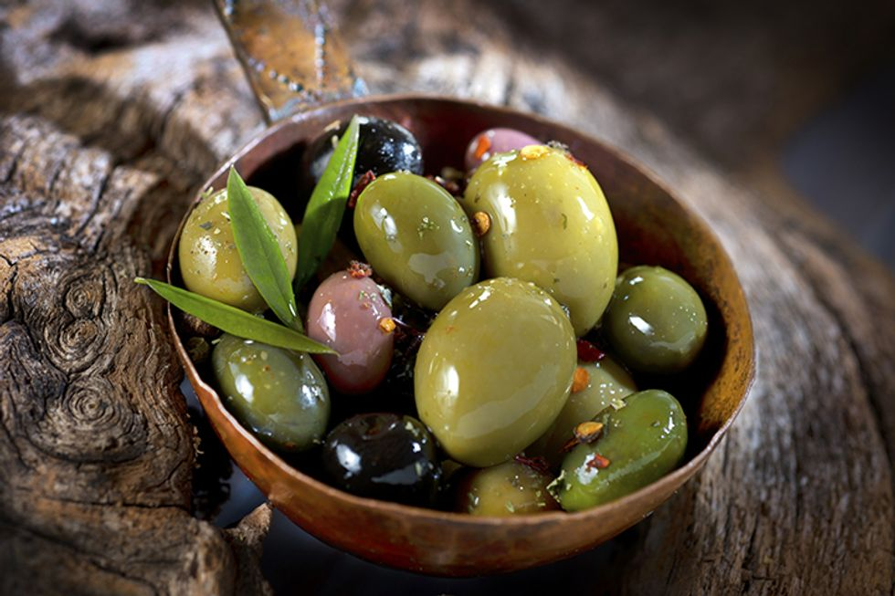 Day-Off Diet Marinated Olives