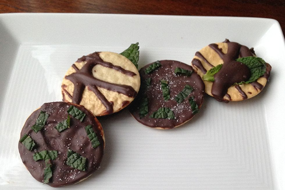 Rocco DiSpirito's Chocolate Mint Thins