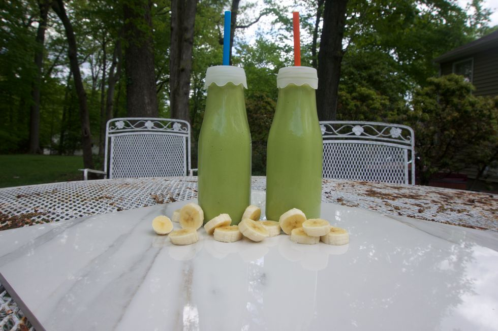 The 28-Day Shrink Your Stomach Challenge Avocado Banana Smoothie
