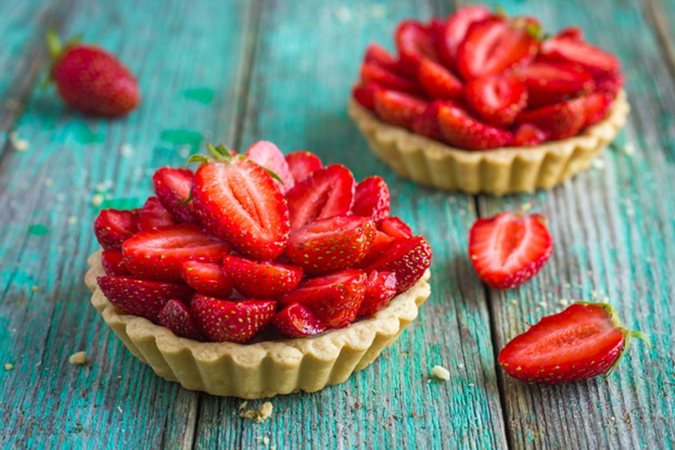 Hungry Girl's Wonton Strawberry Cups
