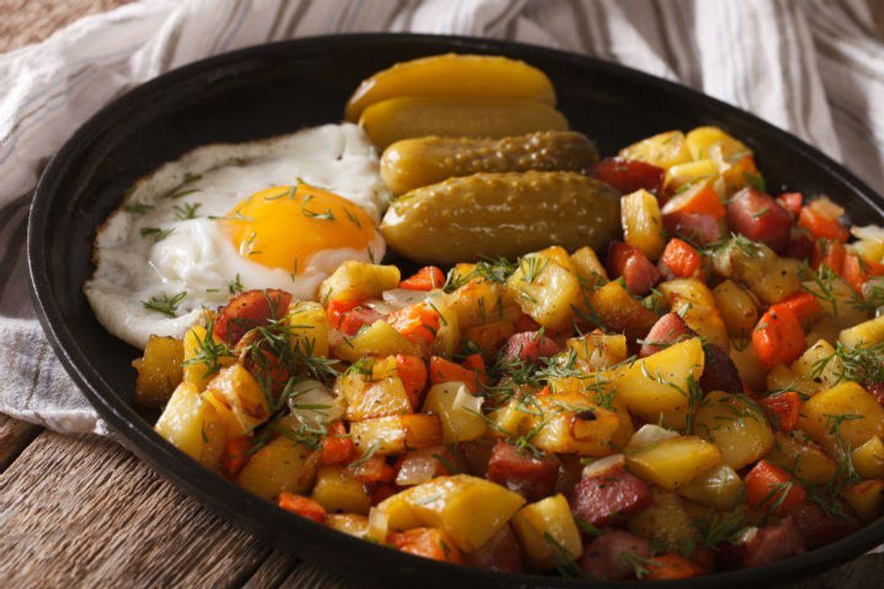 Anne Burrell's Breakfast Brisket Hash