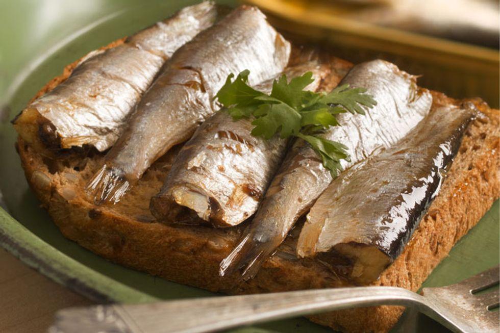 Martha Stewart's Sardines and Herbed Toast
