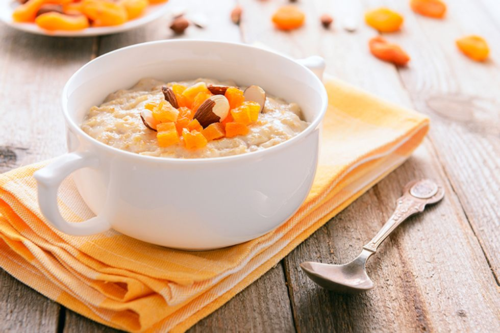 Steel-Cut Oatmeal with Apricots