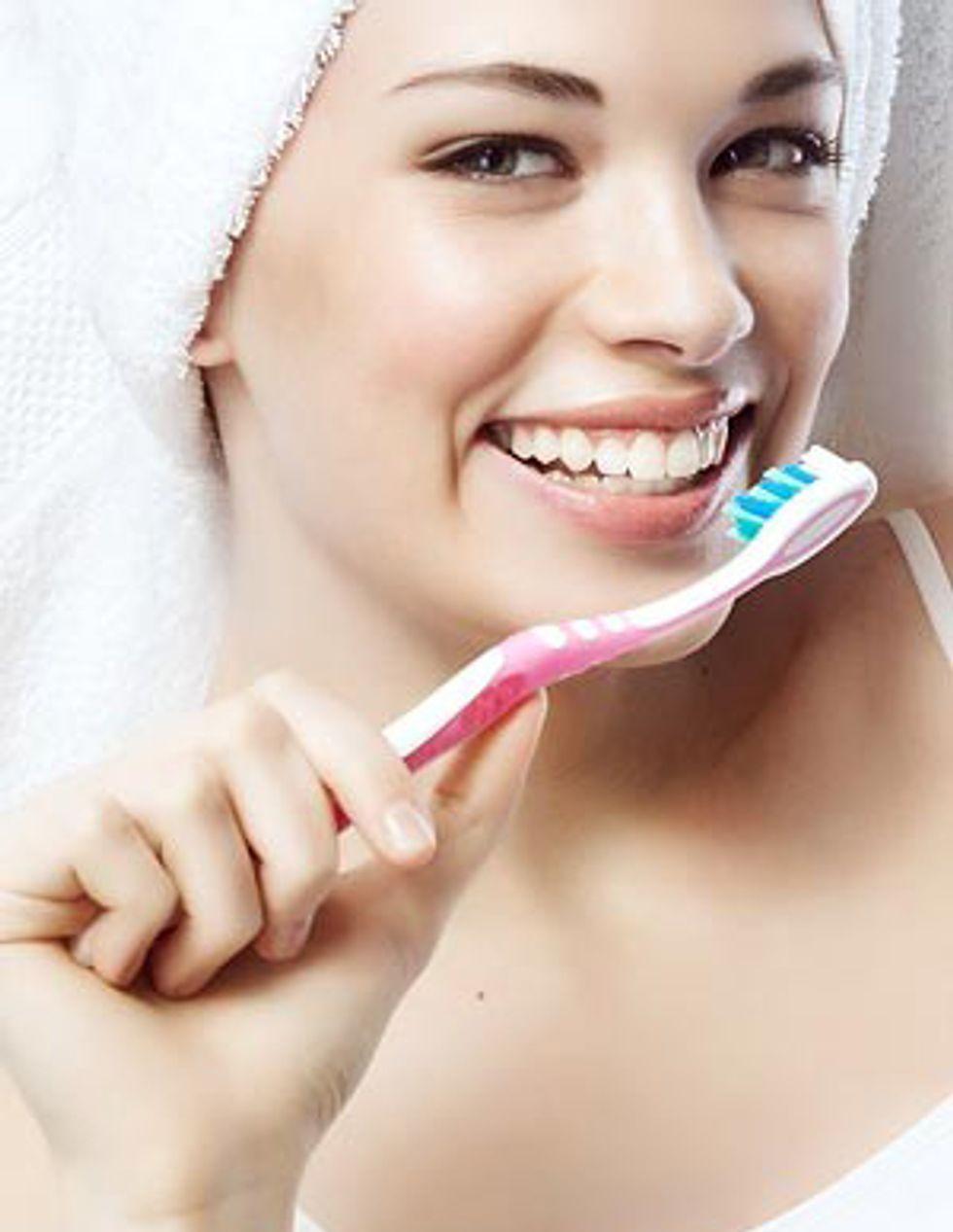 8 Bad Brushing Habits That Harm Your Teeth