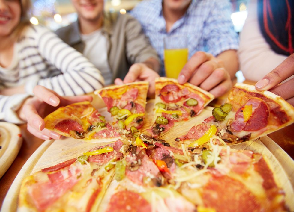 How to Stop Overeating Around Family and Friends