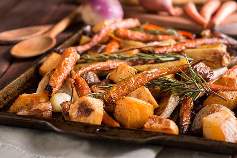 Tiffani Thiessen's Honey-Roasted Carrots and Parsnips