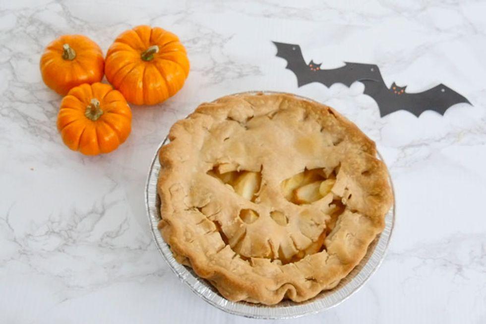 Skeleton Apple Pie