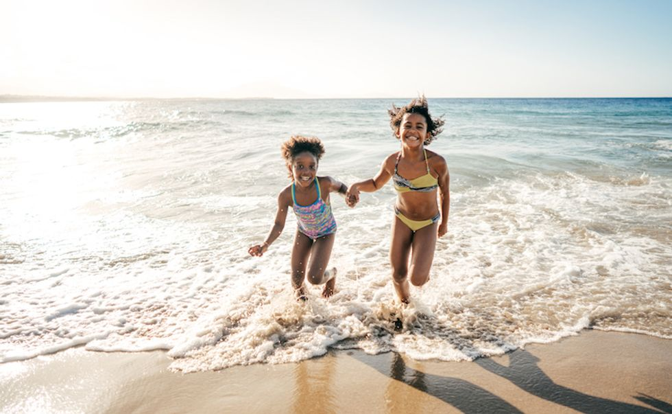Is Ocean Water Good For Your Skin? A New Study Warns Against Lingering Bacteria