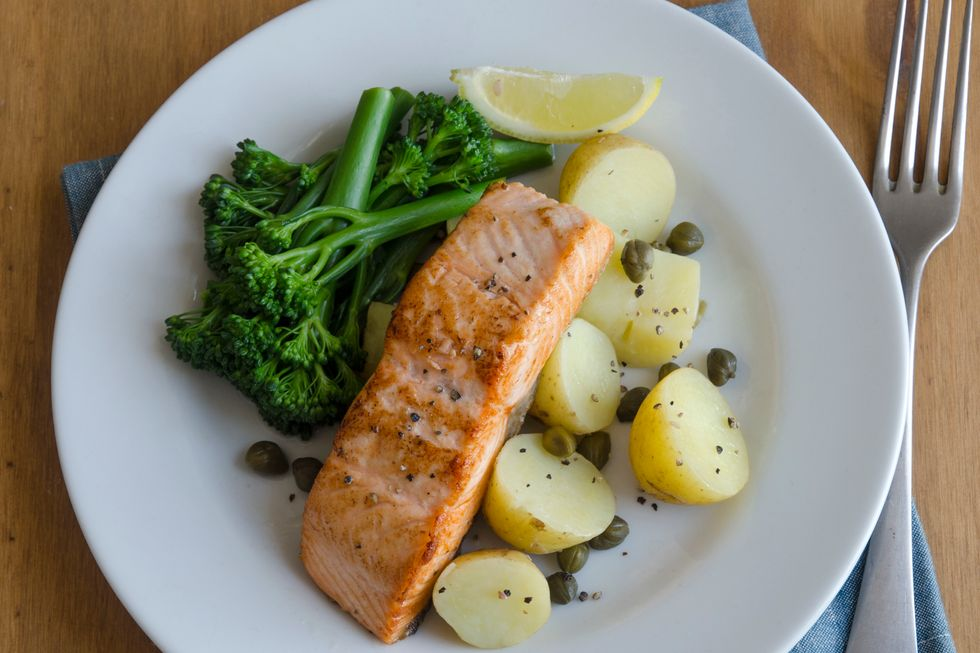 Salmon With Broccoli & Red Potatoes