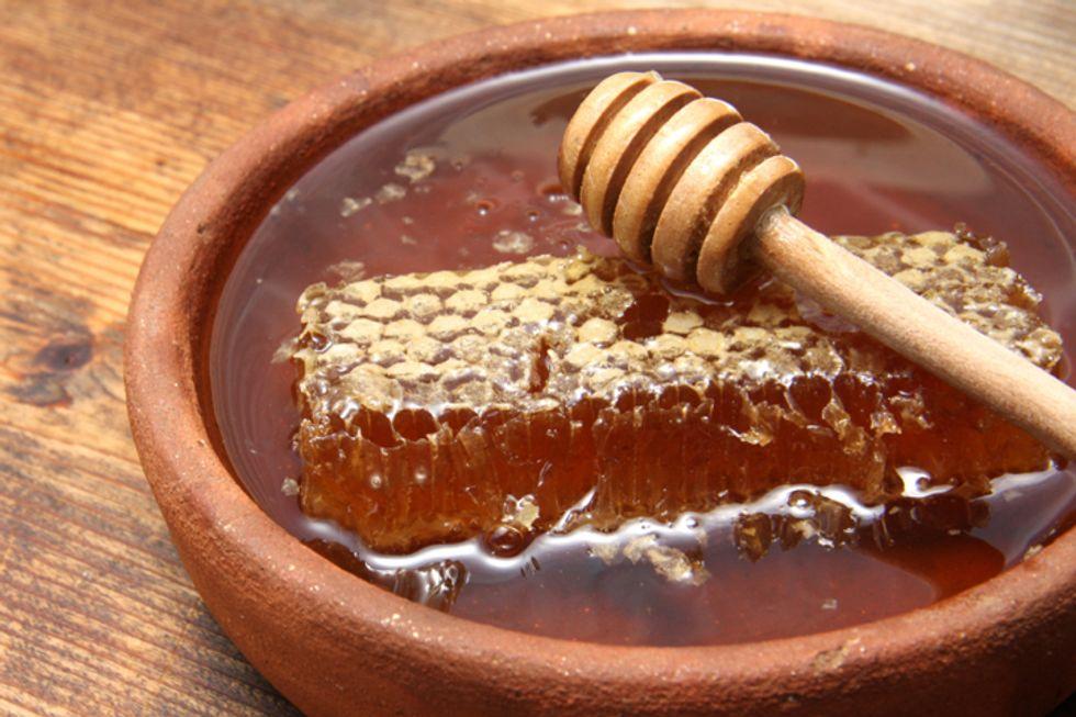 5 Ways to Use Manuka Honey
