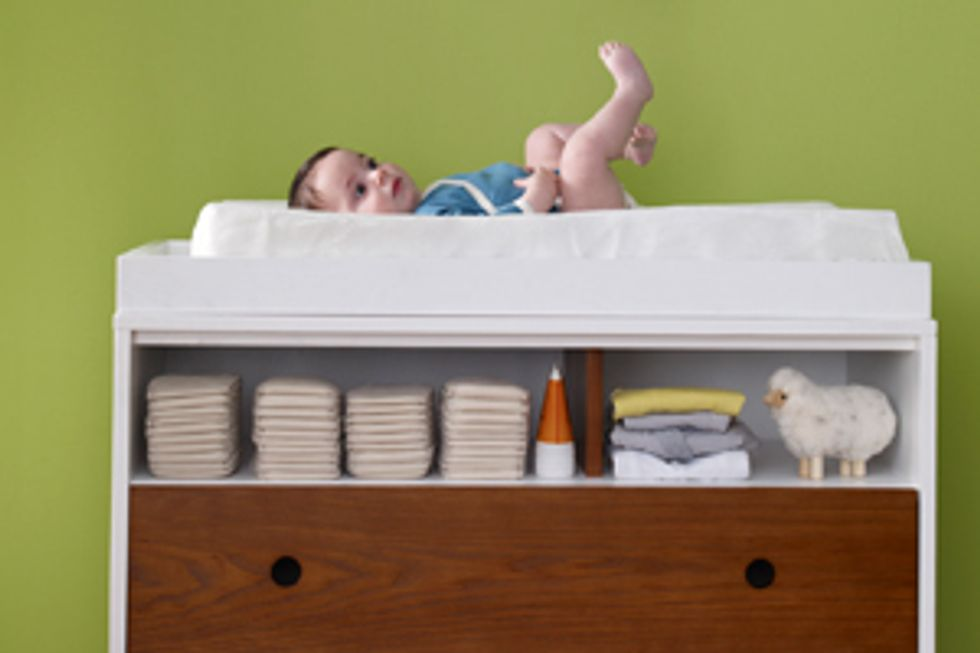 How to Buy: A Changing Table