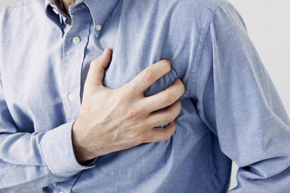 Heart Attack: 5 Warning Signs