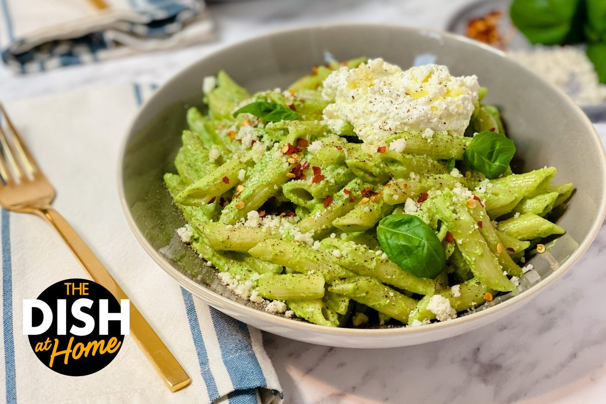 Mac & Cheese With Broccoli Pesto