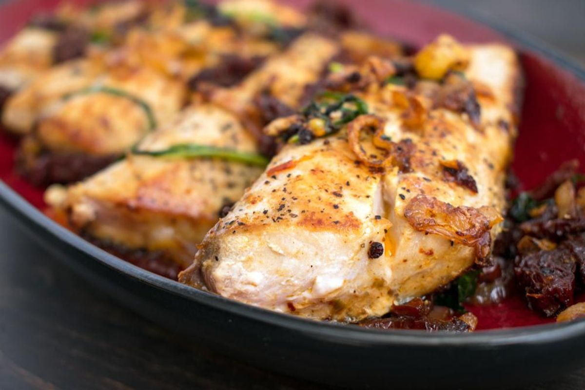Grilled Mahi on Chopped Artichoke, Arugula Salad