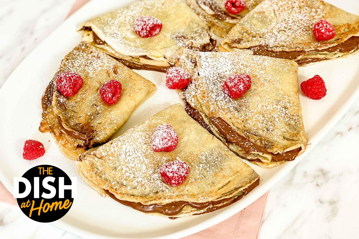 Easy Chocolate-Hazelnut Crepes