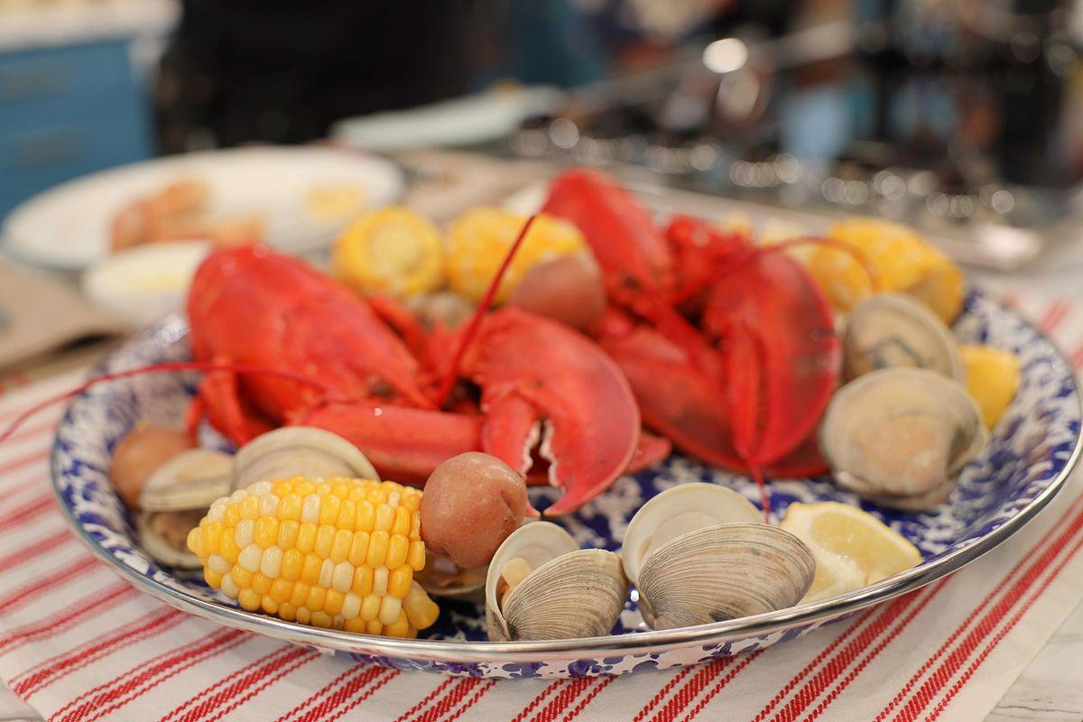 Daphne's New England Lobster Boil