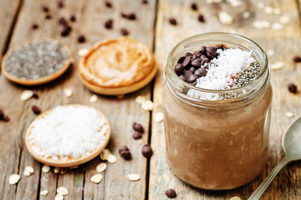 Joy Bauer's Overnight Chocolate-Banana Oatmeal