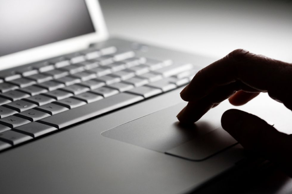 Eight Ways to Spot Online Health Scams