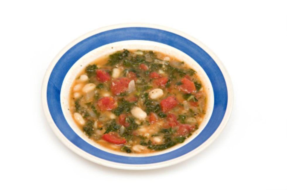 Emeril Lagasse's Tuscan Kale and White Bean Ragout