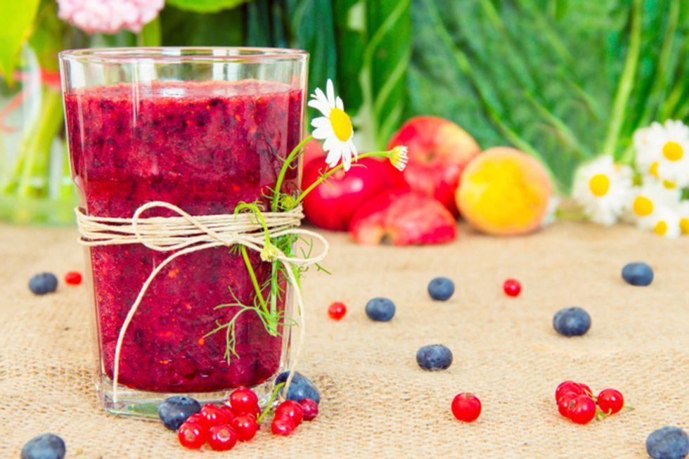 Jennifer Lopez's Berry Berry Good Smoothie Recipe