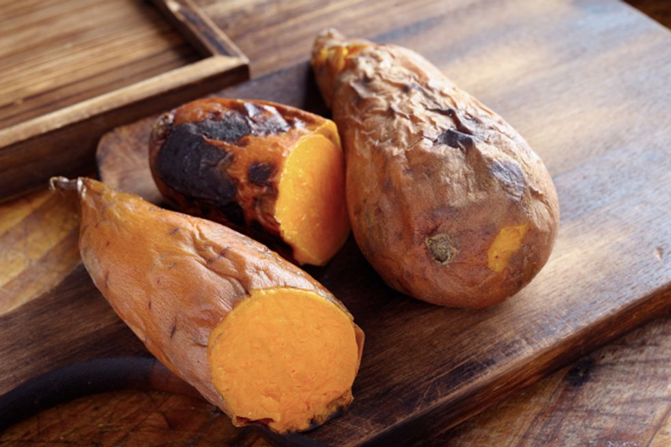 Geoffrey Zakarian's Pomegranate-Ginger Sweet Potatoes With Pecans and Pumpkin Seeds
