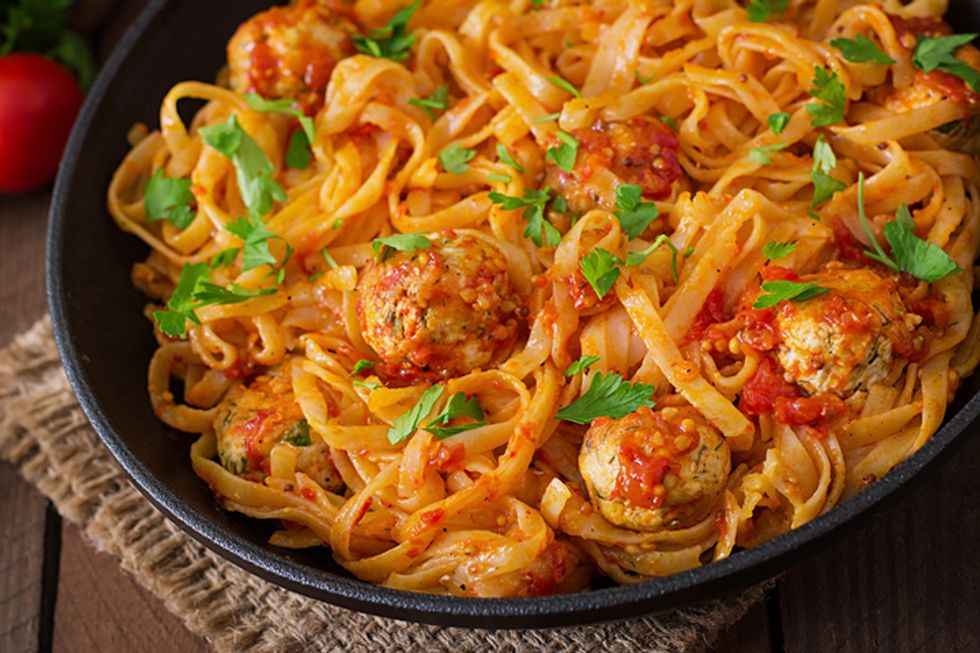 Linguine and Quinoa Meatballs with Tangy Tomato Sauce