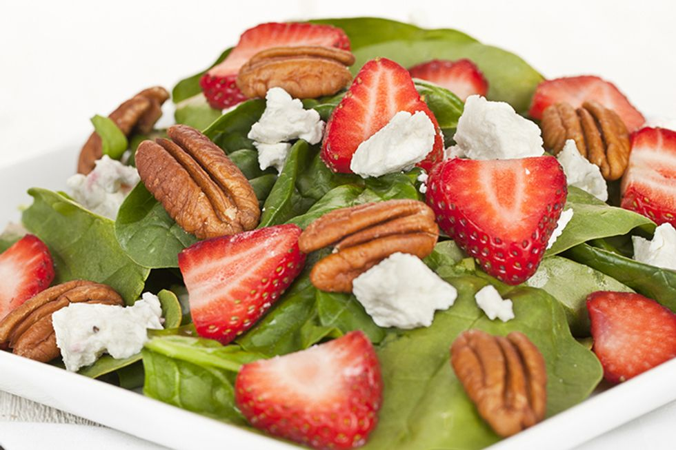 The 10-Day Tummy Tox Berry Pecan Salad