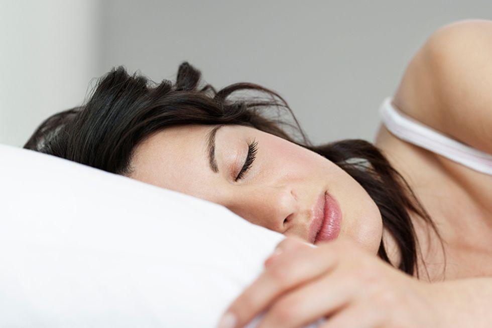 6 Ways to Fall Asleep Faster Without Melatonin Pills