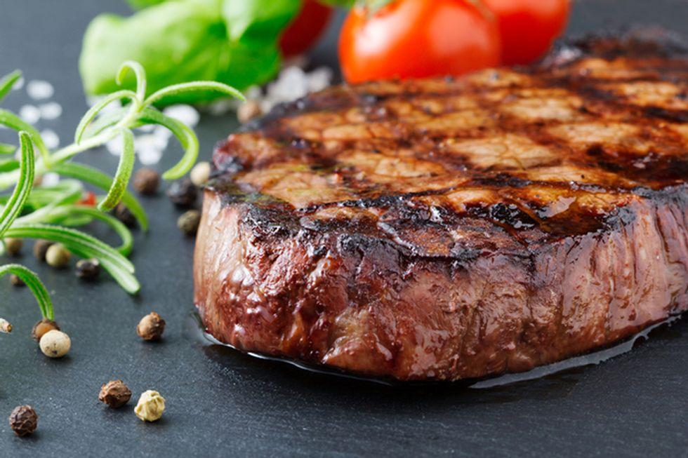 The Best Chain Restaurant Steaks — Ranked!