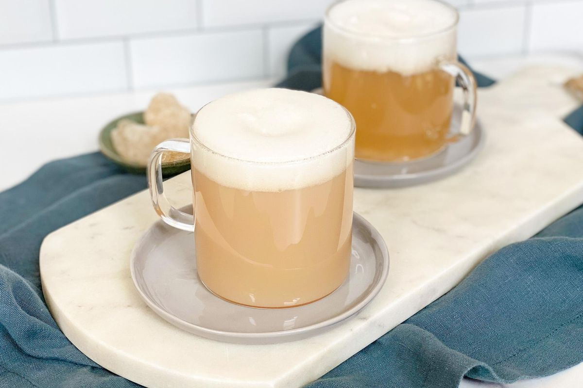 Green Tea With Egg White Foam to Soothe Your Sore Throat